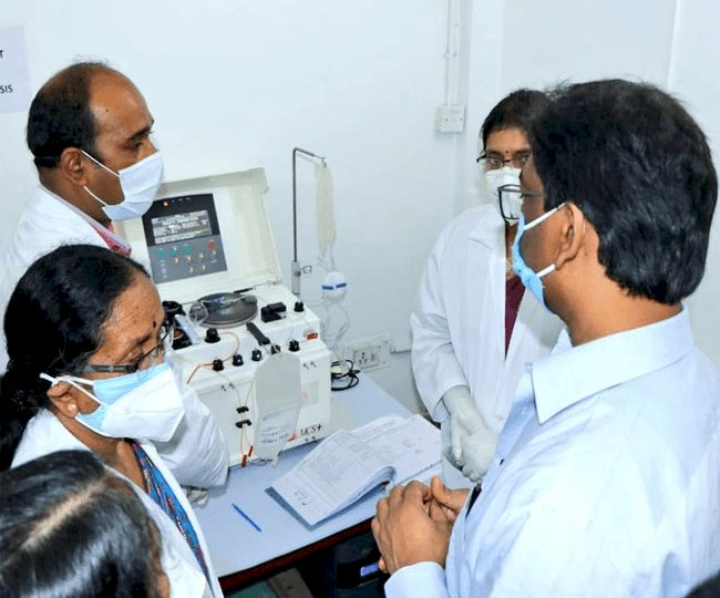 झारखंड: CM हेमंत सोरेन ने रिम्स में प्लाज्मा थेरेपी का उद्घाटन किया
