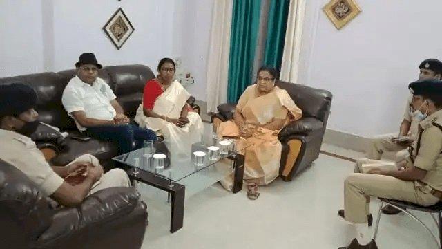 बिहार: मुजफ्फरपुर से अगवा छात्रा गुरुग्राम से बरामद, SSP ने महिला आयोग के सामने किया खुलासा, व्यवसायी के घर नहीं हुई थी डकैती