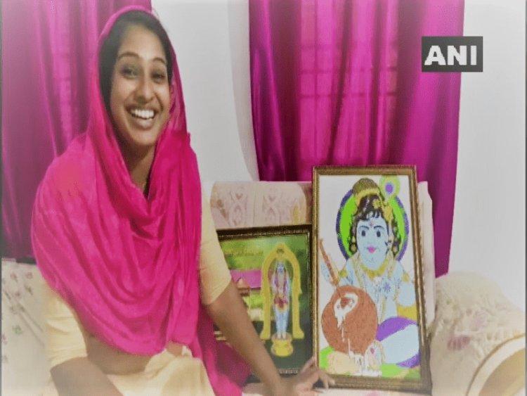 केरल: भगवान श्रीकृष्ण की खूबसूरत पेंटिंग बनाती है एक मुस्लिम महिला